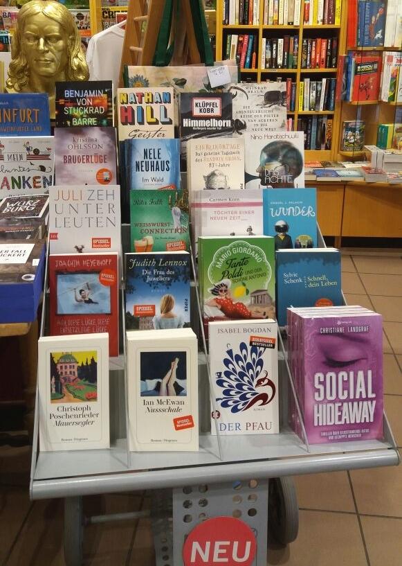 Social Hideaway gibt's in der Collibri Buchhandlung am Schweinfurter Marktplatz.